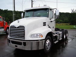 2017 Mack FOR SALE